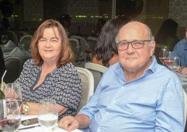 Tânia do Banco Capital e Valney Freire da Guebor Veículos jantando no Chez Bernard(valterio)