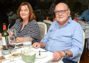 Tânia do Banco Capital e Valney Freire da Guebor Veículos em fotos de Valterio