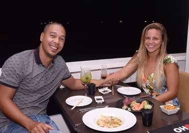 Jean  ex-atleta de futebol e Liz Moura no Soho em fotos de Valterio Pacheco
