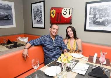Sandra Cortizo e Dr. Ubiratã Araújo jantando no Dass em fotos de Valterio Pacheco