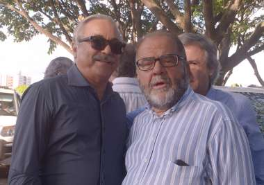 Coronel Cristovão e Ênio Carvalho em fotos de Valterio Pacheco