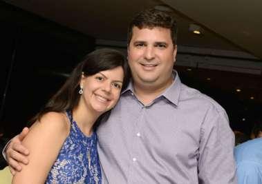 Luiz Machado Bisneto fecha o Veleiro do Yacht Clube para comemorar o seu aniversário.
