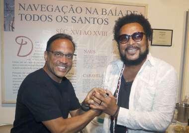 José Eduardo do Balanço Geral com o cantor Jau no Show do Farol da Barra