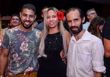 Stefano Diaz com amigos