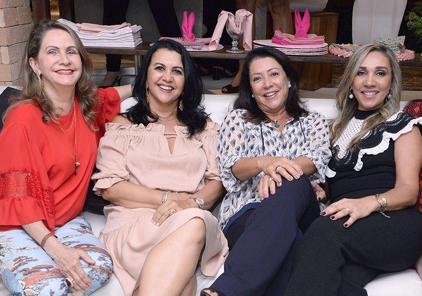 Lila Moraes Kunz comemorou o seu aniversário na loja mais chic possível a Daniela Magalhães