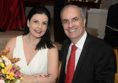 Lívia e Jorge Calmon Filho em fotos de Valterio
