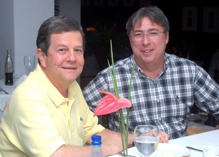 Fim de Semana Nos Restaurantes 496 Grill Bar, Amado, Soho, Lafayette, OUI e Café do Forte em Salvador