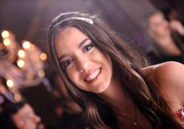 Maria Eleonora Cajayba em sua festa de 15 anos em fotos de valterio