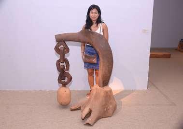 Emi Koide, prof. de arte visual da UFBA em Cachoriera