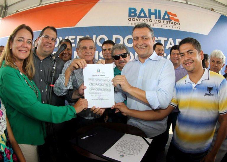 Deputada Fabíola visita, junto com governador, a região de Jequié