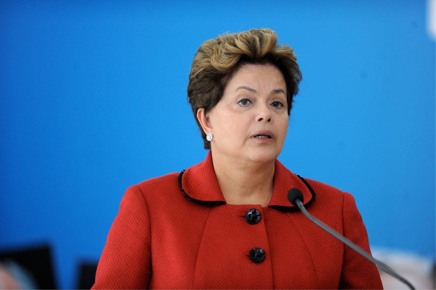 Dilma diz que investidores podem fazer tudo, mas não ganham eleição
