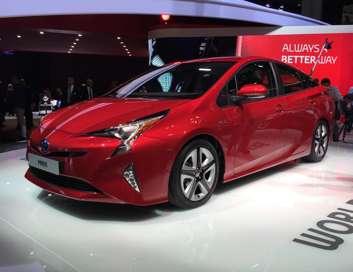 A Guebor Veículos da Rua Miguel Calmon 755 tem lançamentos da Toyota pra você.