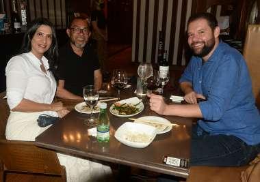 Veja alguns dos muitos que jantaram no Soho da Bahia Marina no último dia 6 de fevereiro