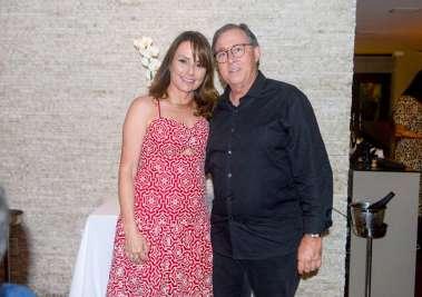 Edgar Medrado e Regina(Dupla comemoração no Restaurante Chez Bernard), ele dia 21 e ela dia 28/10