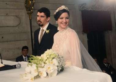 Casamento de Laura Assunção e Carlos Henrique Mapa na Igreja Senhora Conceição da Praia