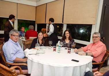 Etinha e Marcio Carvalho, Luciana e Paulo Studant jantando no Alfred di Roma dia 01 de setembro