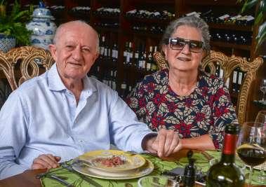 Veja celebridades que almoçaram no restaurante Bistrô Trapiche Adega no dia dos pais 12 de agosto de 2019